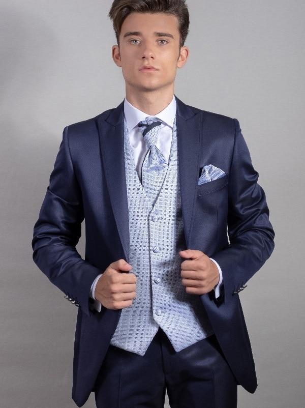 trajes de novio, trajes de boda para hombre en lleida, trajes a medida trajes 2020, bodas, bautizos, comuniones