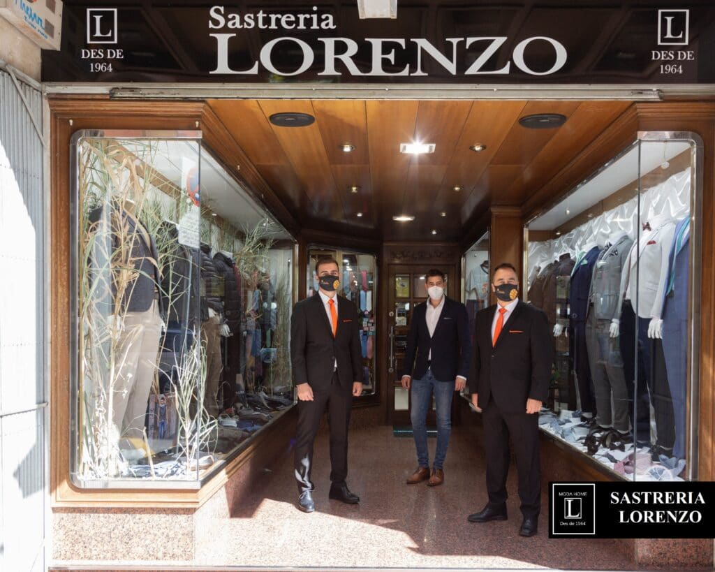 Lleida bàsquet, uniformes, trajes en lleida, ropa hombre, moda cavallero, trajes novio lleida, tallas grandes hombre, tendencias en moda